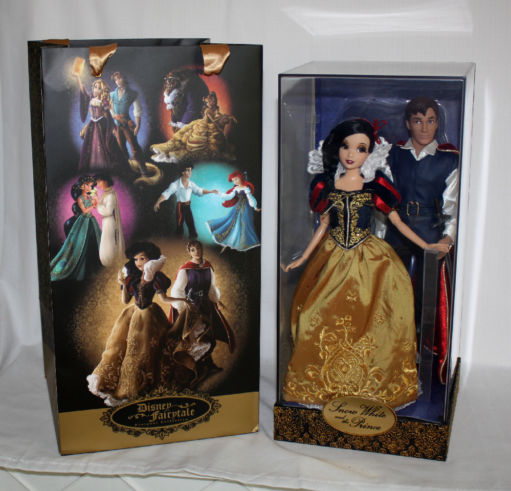 D23 Snow White and Prince Disney Fairytale Designer Doll Collection