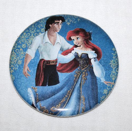 DISNEY FAIRYTALE DESIGNER DOLL Magnet Ariel and Eric Little Mermaid Couple