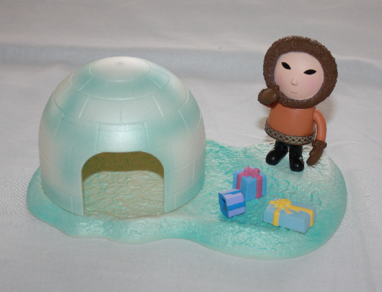 Rudolph Red-Nosed Reindeer Eskimo with Igloo Playset